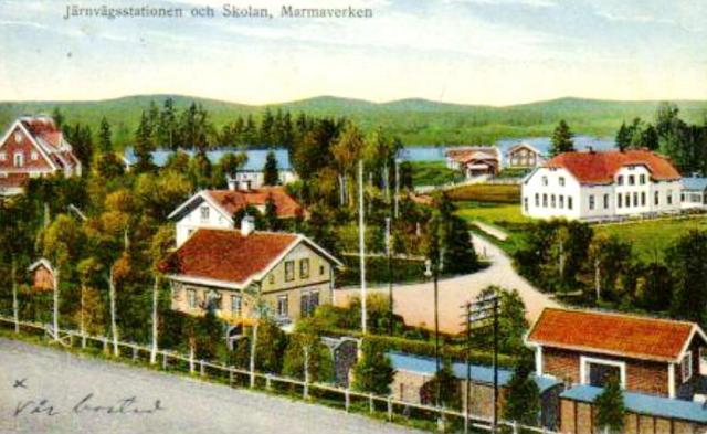 1910 ca Kopia av Järnvägsstation & skolan, kolorerat vykort (2)