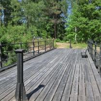 Långbron i byn